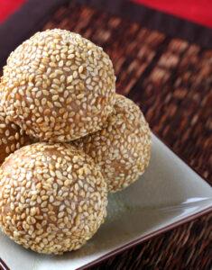 Chinese New Year: Sesame Seed Balls