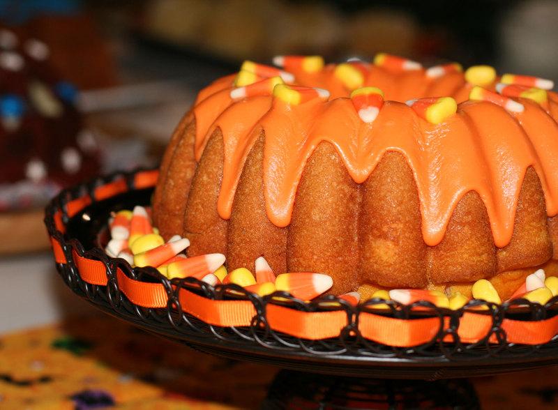 Lemon Whiskey Bundt Cake