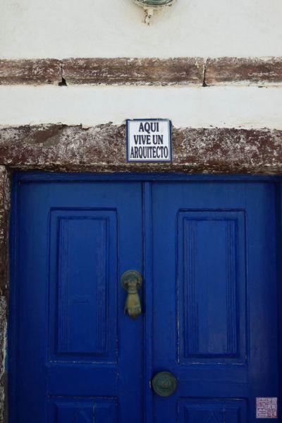 santorini oia door