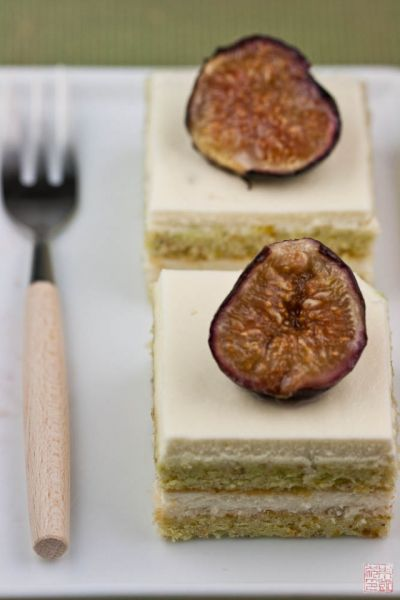 fig cake lineup