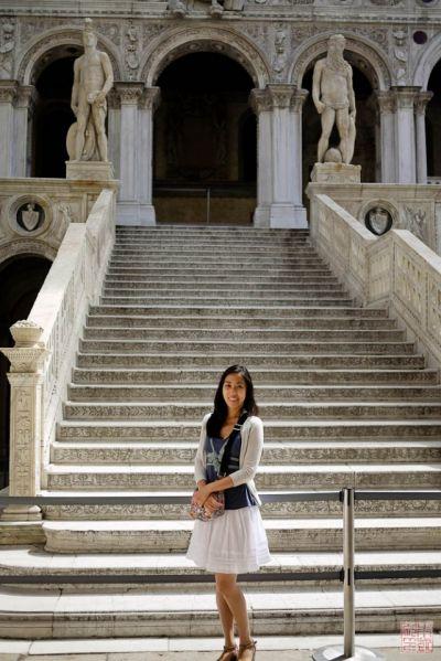 venice doges palace steps