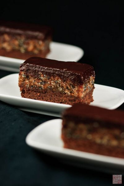 orange sesame brownies trio