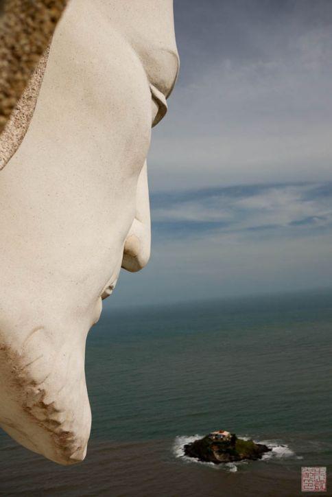 vietnam jesus statue