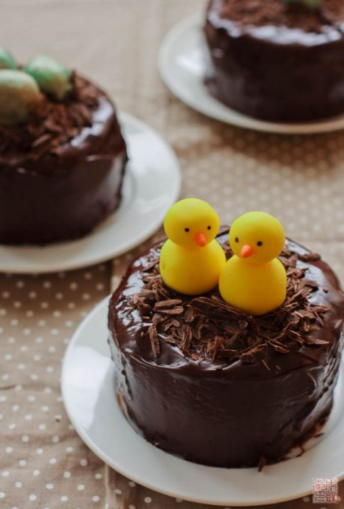 Chocolate Easter Egg Cake with Chicks