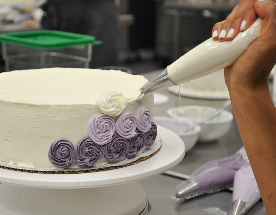 Cake Decoration School : A New Professional Pastry Program at the SF Cooking School ...