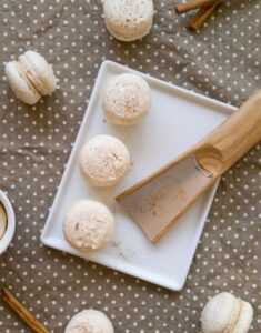 Couture Cinnamon: Snickerdoodle Macarons