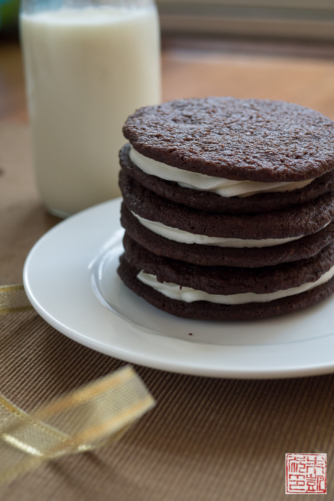 chocolate wafer cookies with lemon whipped cream