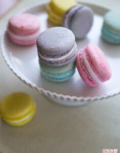 Fluffy Marshmallow Creme Macarons for Easter