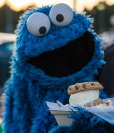 Cookie-Monster-and-the-Cookie-Monster1