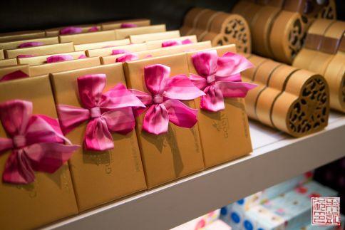 Godiva chocolate display