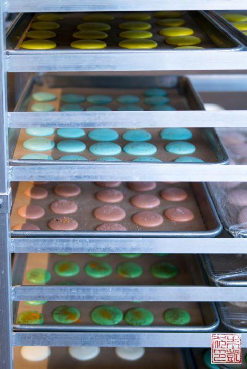 sf cooking school rainbow macarons