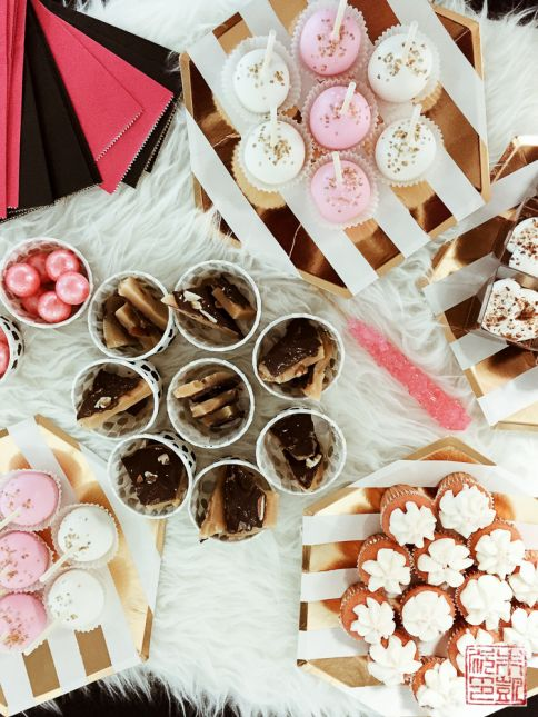 tiny prints bfff dessert table