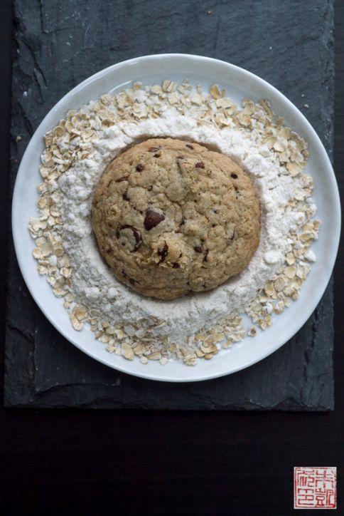 chocolate chip GF cookies oats
