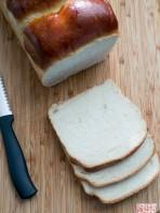 Hokkaido Milk Bread: The Tangzhong Method