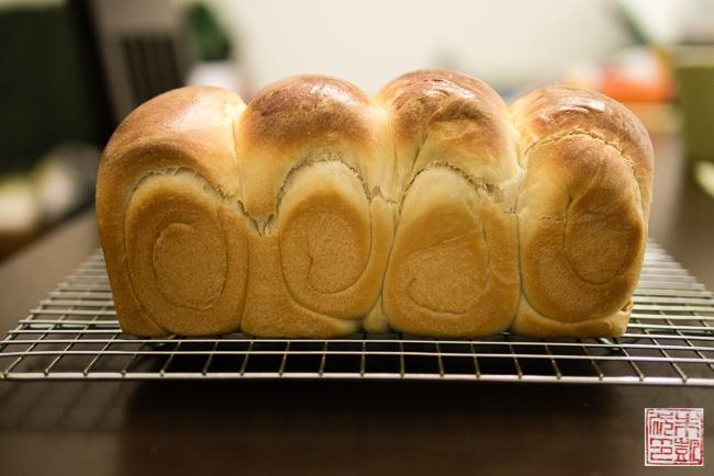 Hokkaido Milk Bread The Tangzhong Method Dessert First