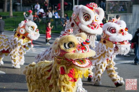 Chinatown parade lions