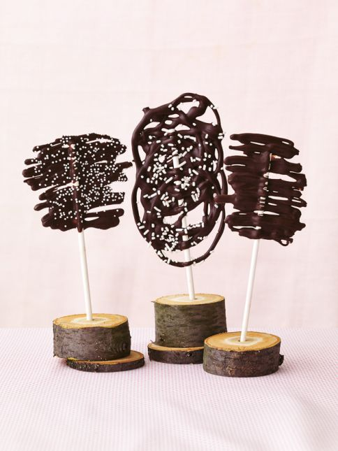 Lollipop Love Swirled Chocolate Lollipops