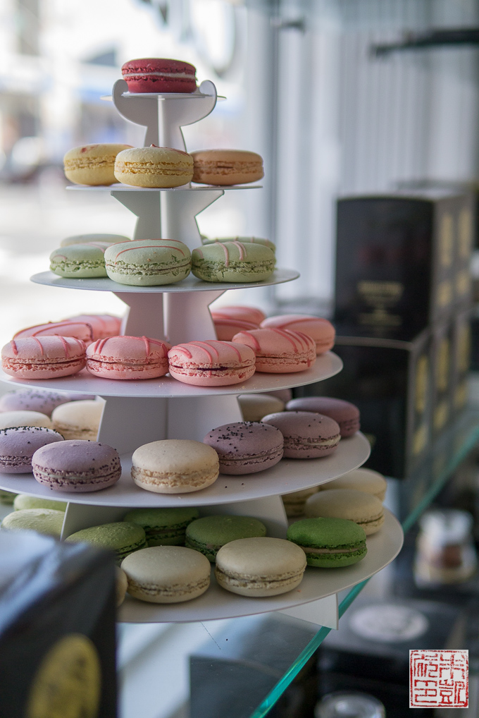 Chantal Guillon macaron tower