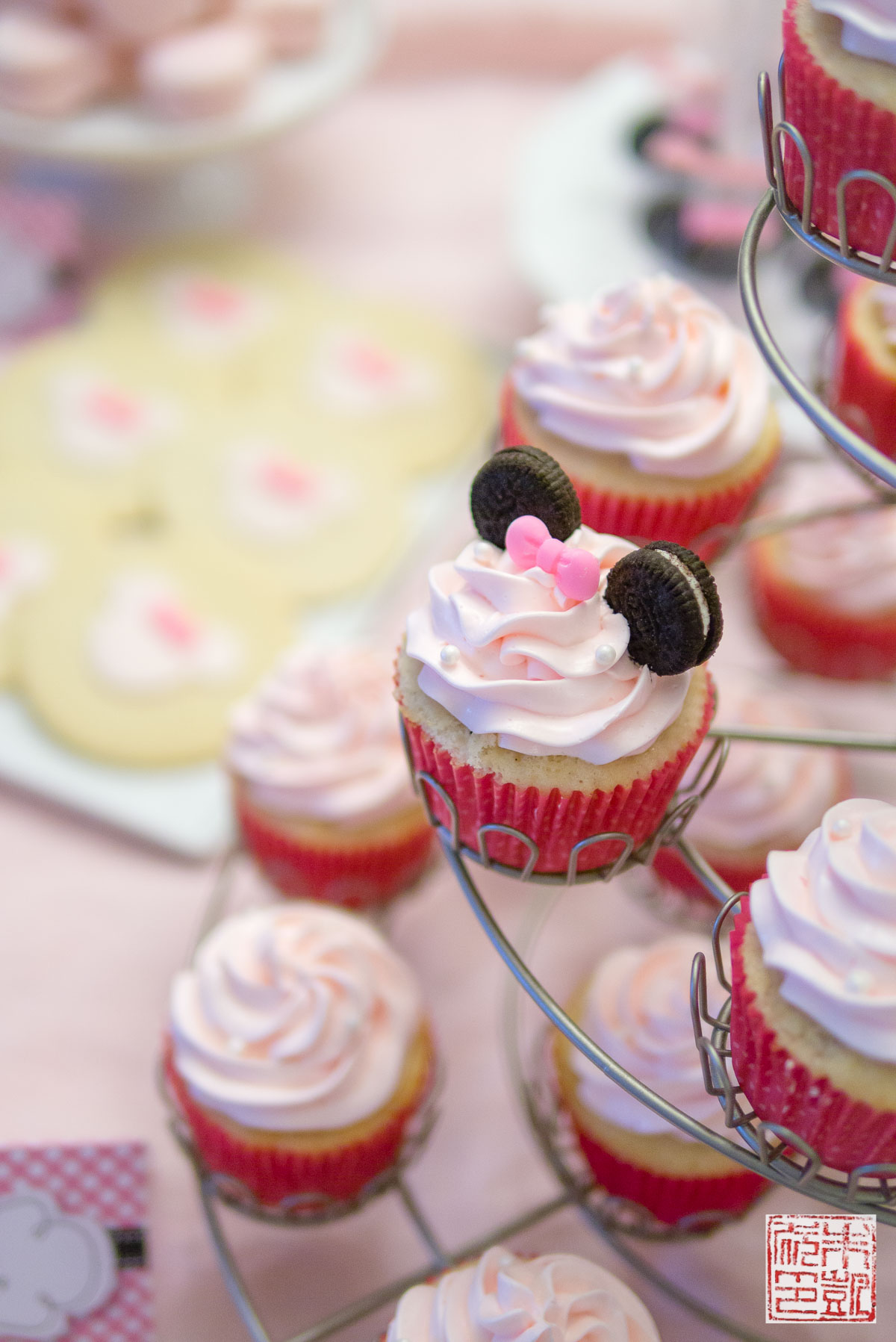 Minnie Mouse Dessert Table