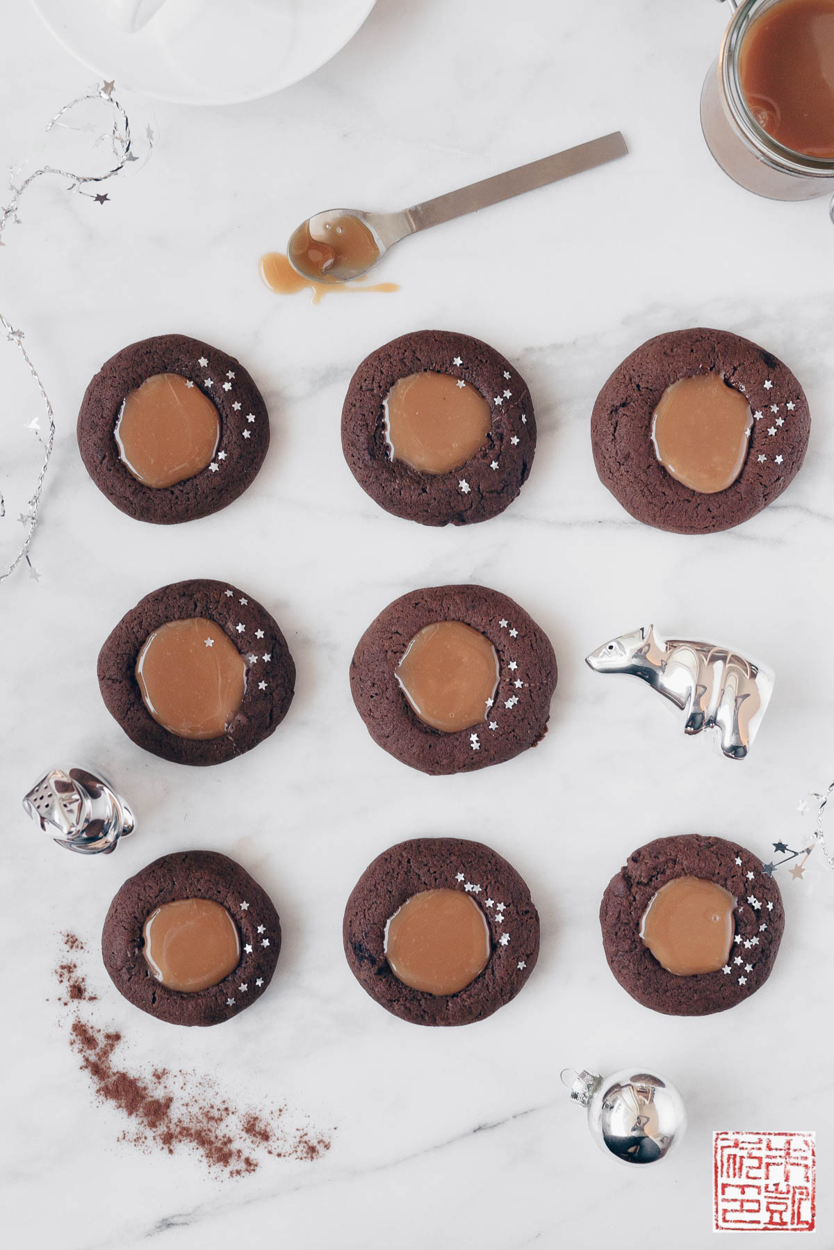 Gingerbread Thumbprint Cookies with Salted Caramel ...