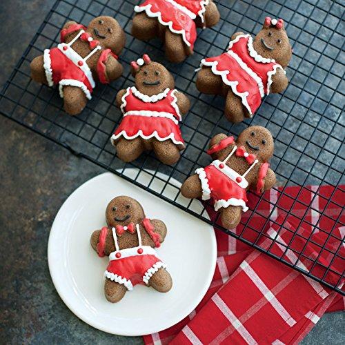 nordic-ware-gingerbread-pan