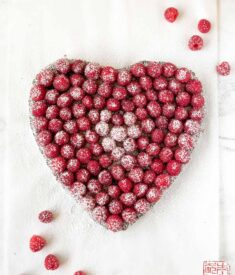 raspberry-heart-brownie