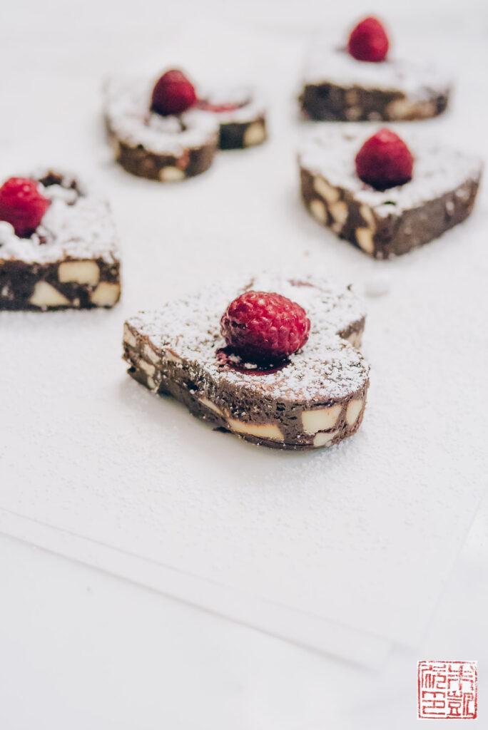 raspberry-little-heart-brownies