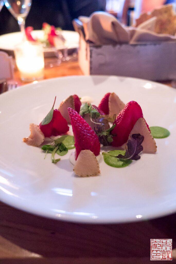ritz-carlton-lake-tahoe-manzanita-strawberry-salad