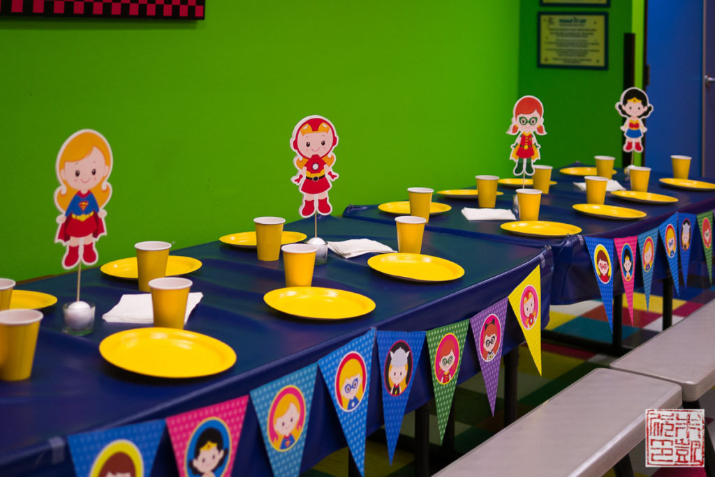 Superhero Girl Table