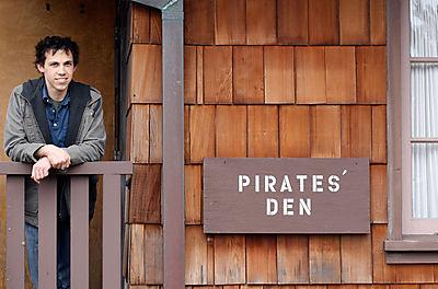 Piratesden