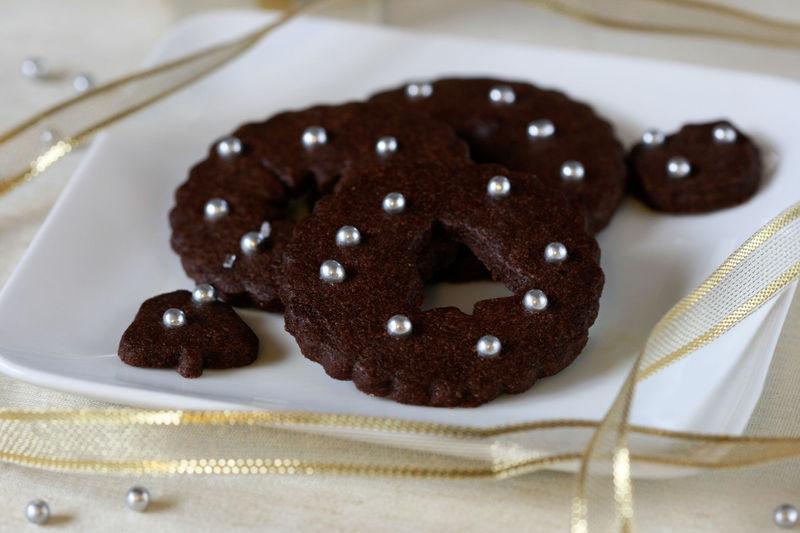 Chocolatesugarcookiesbyanitachudessertfirst